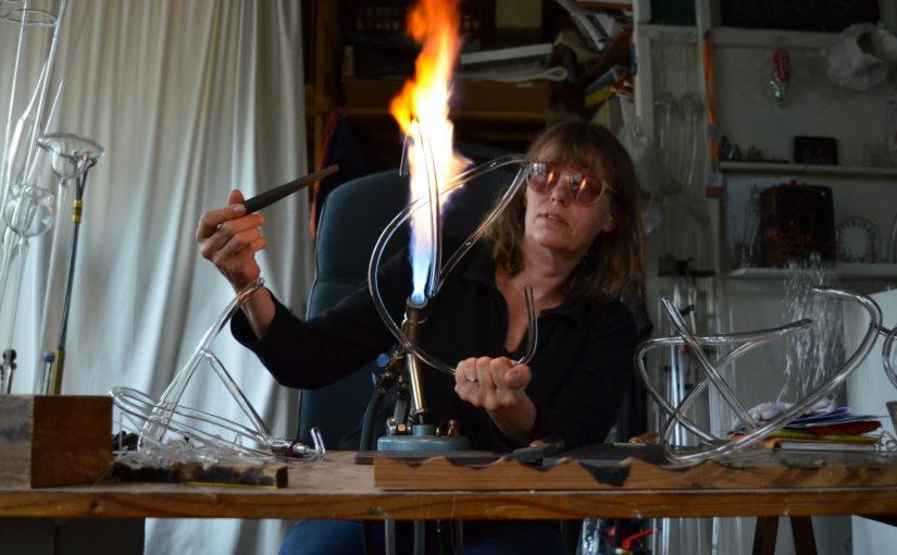 Künstlerin an der Brauseflamme: Katharina Kleinfeld