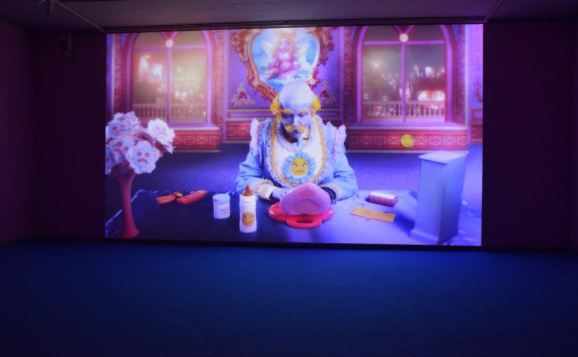 Disney und Dystopie − Rachel Maclean in Kiel